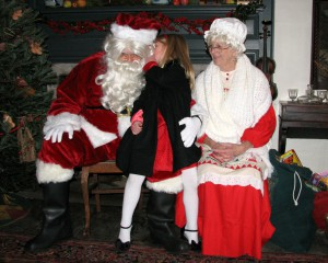 Christmas Wishes & Photos with Santa & Mrs. Claus @ Smith-Appleby House | Smithfield | Rhode Island | United States