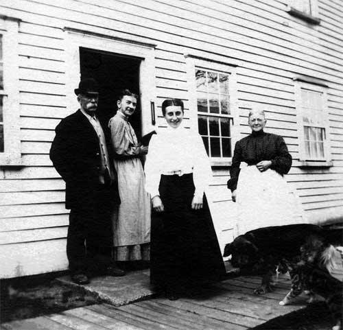 Maria Appleby, center, with her father and two aunts, circa 1905.