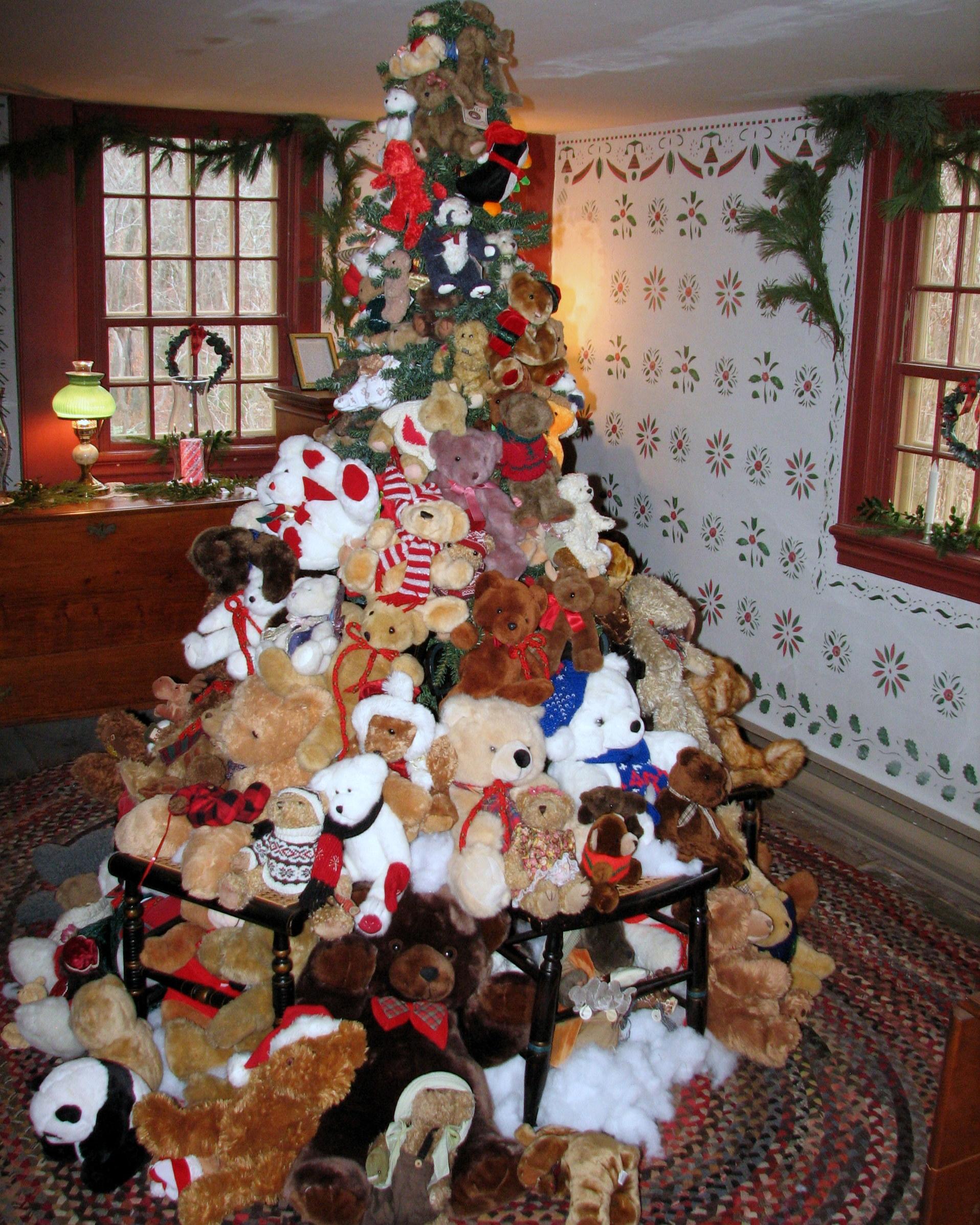 the teddy bear christmas tree - Bear Christmas Tree